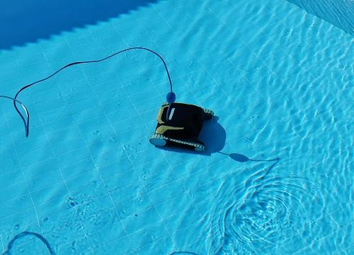 robot-piscine-Dolphin
